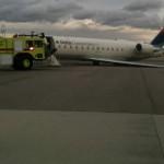 ASA CRJ200 N875AS